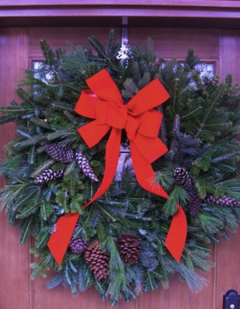 Deluxe Mixed Greens Christmas Wreath